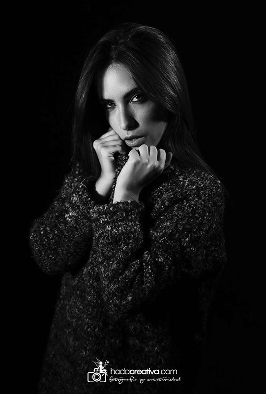 Retrato mujer en estudio Elche